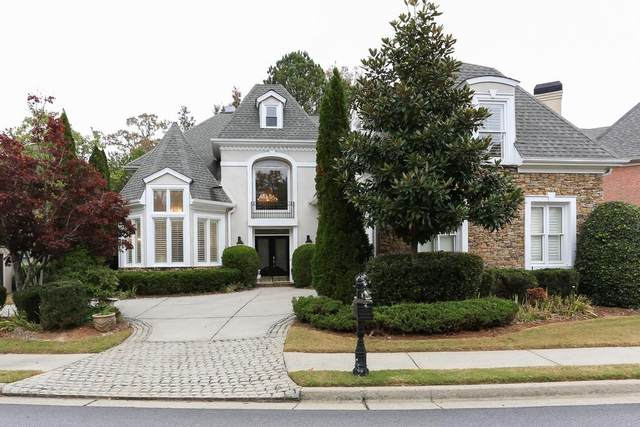 1870 River Falls Drive, Roswell, GA 30076 (MLS #6823017) :: North Atlanta Home Team