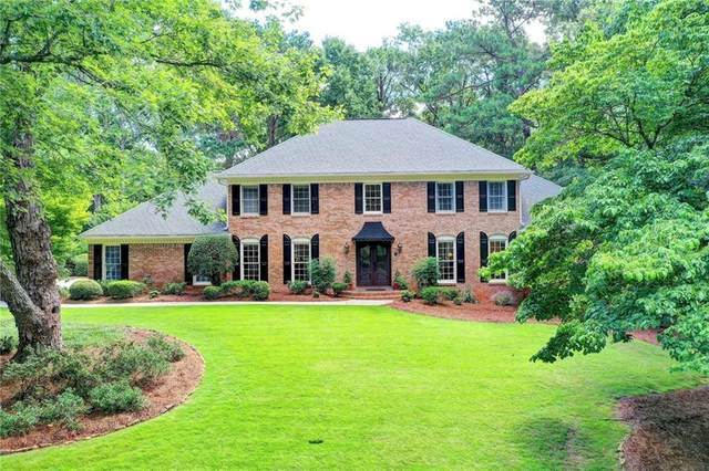 8145 Habersham Waters Road, Sandy Springs, GA 30350 (MLS #6825158) :: RE/MAX Paramount Properties