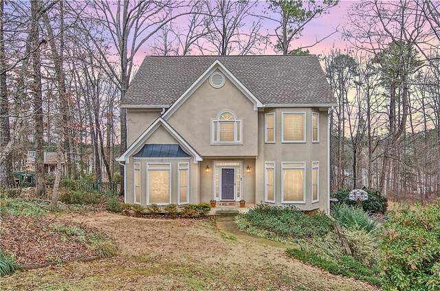 5008 Willow Creek Drive, Woodstock, GA 30188 (MLS #6826587) :: North Atlanta Home Team