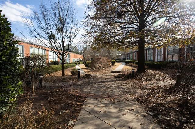 5200 Peachtree Road #3424, Chamblee, GA 30341 (MLS #6828197) :: Thomas Ramon Realty
