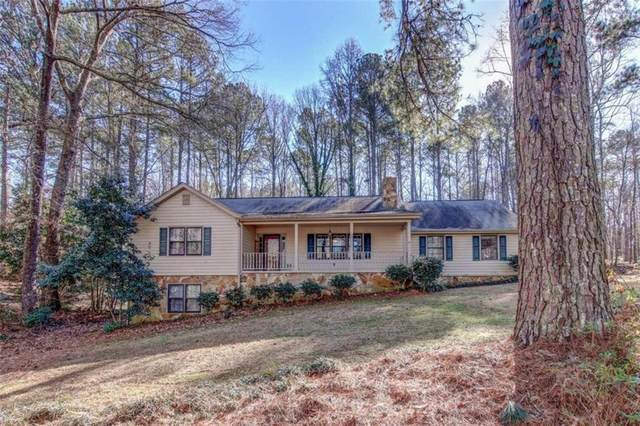 1900 Post Oak Court SW, Conyers, GA 30094 (MLS #6829673) :: North Atlanta Home Team