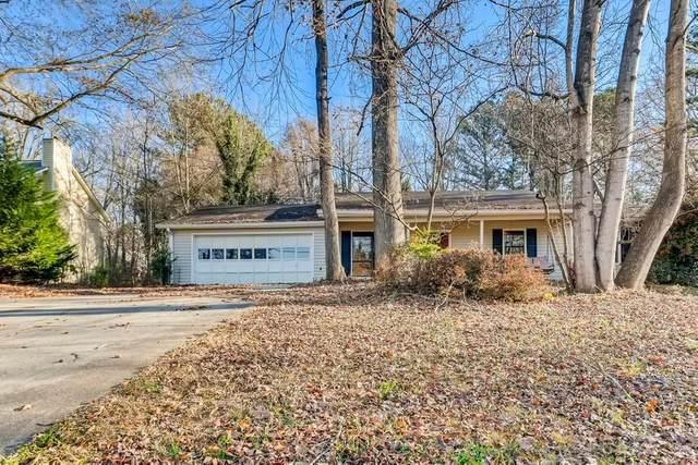 987 Walnut Drive, Lawrenceville, GA 30044 (MLS #6829887) :: North Atlanta Home Team