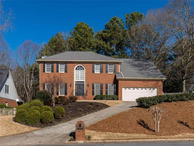 10775 Tuxford, Alpharetta, GA 30022 (MLS #6831658) :: The Cowan Connection Team