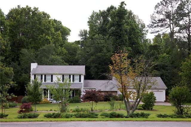 2295 Inverwood Drive NW, Acworth, GA 30101 (MLS #6833167) :: Good Living Real Estate