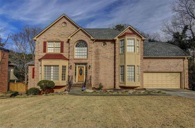 1800 Hickory Lake Drive, Snellville, GA 30078 (MLS #6837719) :: The Realty Queen & Team