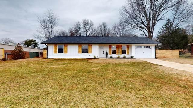 1375 Five Forks Trickum Road, Lawrenceville, GA 30044 (MLS #6838613) :: North Atlanta Home Team