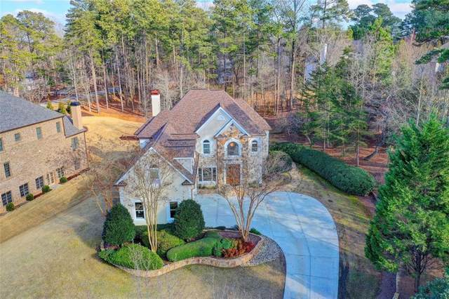 6709 Wooded Cove Court, Flowery Branch, GA 30542 (MLS #6839128) :: The Realty Queen & Team