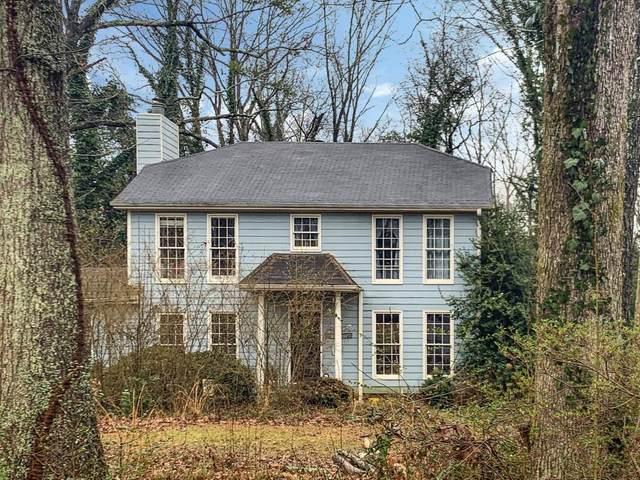 595 Meadowglen Trail, Roswell, GA 30075 (MLS #6839419) :: The Realty Queen & Team