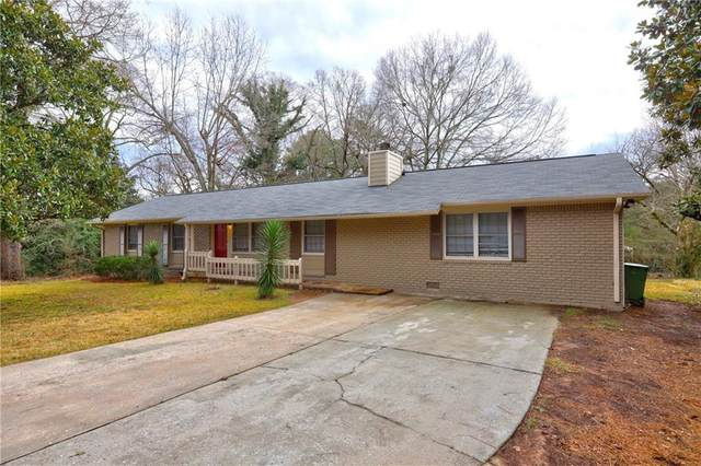 3029 Lake Jodeco Road, Jonesboro, GA 30236 (MLS #6839460) :: KELLY+CO