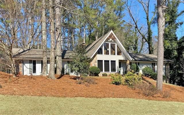2775 Roxburgh Drive, Roswell, GA 30076 (MLS #6841645) :: North Atlanta Home Team