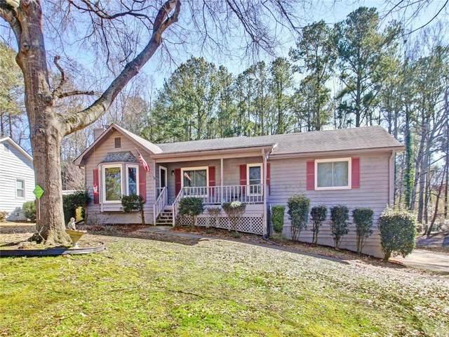2423 Sawmill Road SW, Marietta, GA 30064 (MLS #6842897) :: Tonda Booker Real Estate Sales