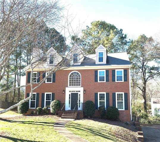 4204 Tiverton Court, Roswell, GA 30075 (MLS #6843252) :: The Realty Queen & Team