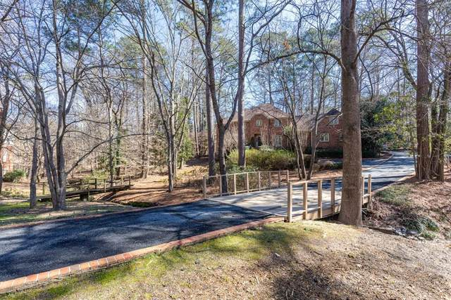 3000 Vinings Way SE, Atlanta, GA 30339 (MLS #6843436) :: Scott Fine Homes at Keller Williams First Atlanta