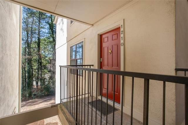1210 Old Hammond Chase, Sandy Springs, GA 30350 (MLS #6844433) :: North Atlanta Home Team