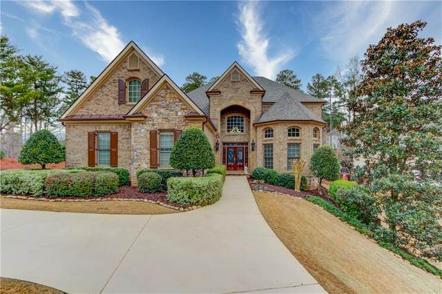 6701 Wooded Cove Court, Flowery Branch, GA 30542 (MLS #6846432) :: The Gurley Team