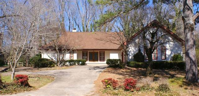 3807 Corinth Drive, Gainesville, GA 30506 (MLS #6848097) :: The Hinsons - Mike Hinson & Harriet Hinson