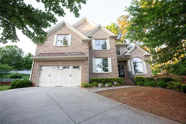 389 Edmond Court, Suwanee, GA 30024 (MLS #6848832) :: North Atlanta Home Team