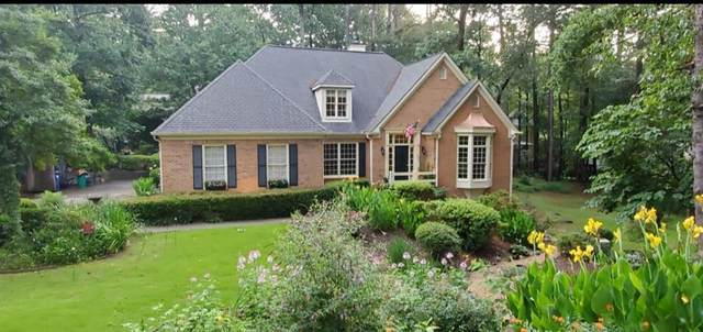 10590 Haynes Forest Drive, Alpharetta, GA 30022 (MLS #6849271) :: Scott Fine Homes at Keller Williams First Atlanta