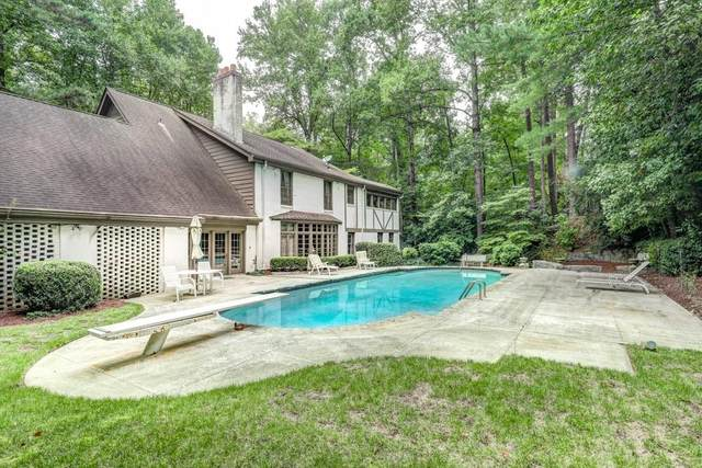 4005 Beechwood Drive NW, Atlanta, GA 30327 (MLS #6851477) :: North Atlanta Home Team