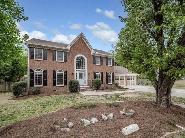 4338 Creek Brook Drive, Peachtree Corners, GA 30092 (MLS #6858231) :: North Atlanta Home Team