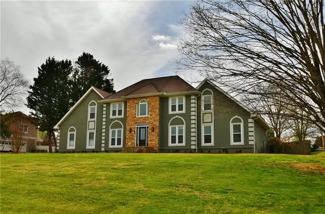 4353 Willow Oak Drive, Gainesville, GA 30506 (MLS #6860250) :: Scott Fine Homes at Keller Williams First Atlanta