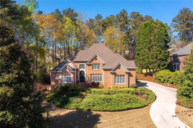 2210 River Cliff Drive, Roswell, GA 30076 (MLS #6862113) :: Thomas Ramon Realty