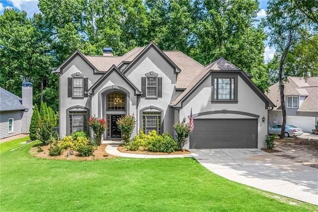 5805 Fairway View Drive, Suwanee, GA 30024 (MLS #6862144) :: North Atlanta Home Team