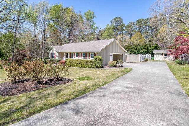 5041 Red Oak Lane, Gainesville, GA 30506 (MLS #6864874) :: Path & Post Real Estate