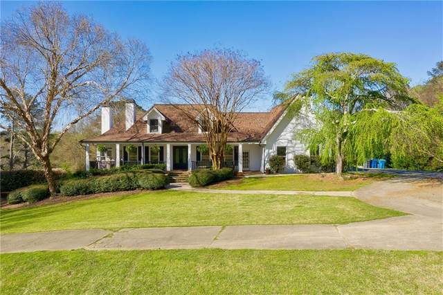961 Tullis Road, Lawrenceville, GA 30043 (MLS #6865386) :: North Atlanta Home Team