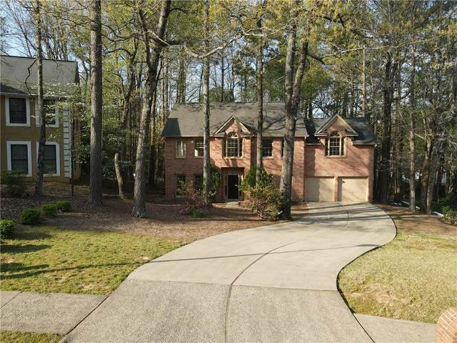 4355 Pinehollow Court, Alpharetta, GA 30022 (MLS #6865470) :: The Butler/Swayne Team