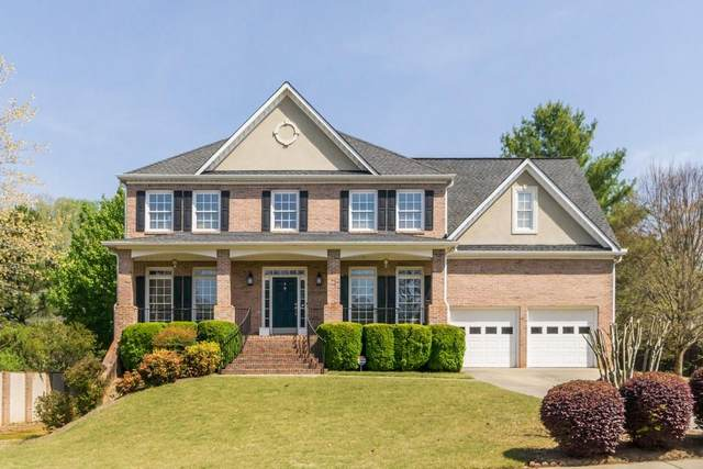 111 Brook Lane, Roswell, GA 30075 (MLS #6866304) :: North Atlanta Home Team