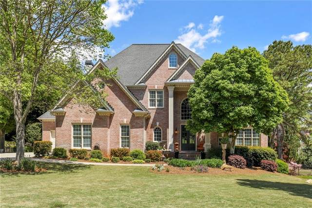 12165 Meadows Lane, Alpharetta, GA 30005 (MLS #6867559) :: North Atlanta Home Team
