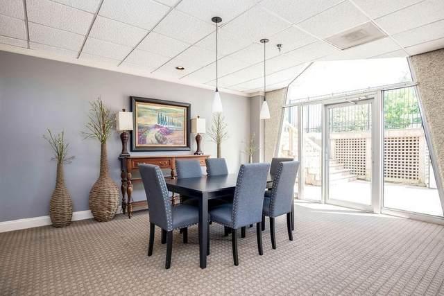 2479 Peachtree Road NE #701, Atlanta, GA 30305 (MLS #6868576) :: Charlie Ballard Real Estate
