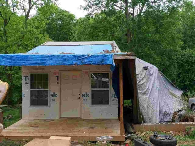 40 Parrott Street, Newnan, GA 30263 (MLS #6868771) :: North Atlanta Home Team