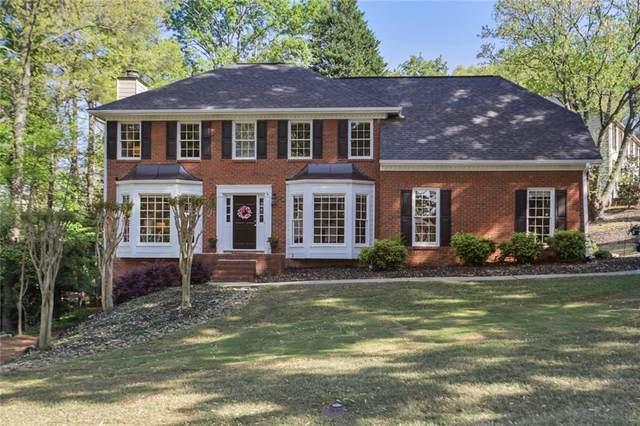 655 Ridgemont Drive, Roswell, GA 30076 (MLS #6868876) :: North Atlanta Home Team