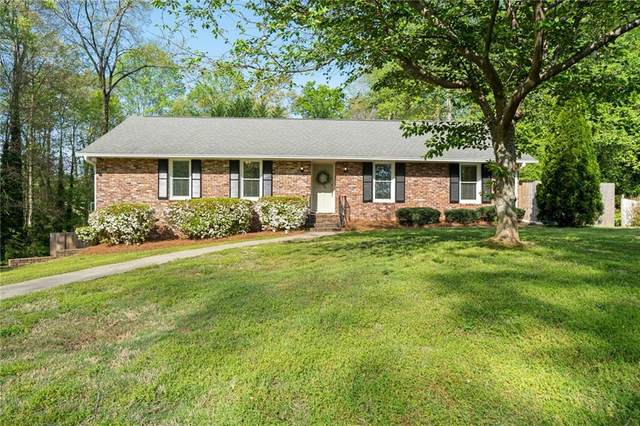 358 Nottingham Way, Marietta, GA 30064 (MLS #6869210) :: North Atlanta Home Team