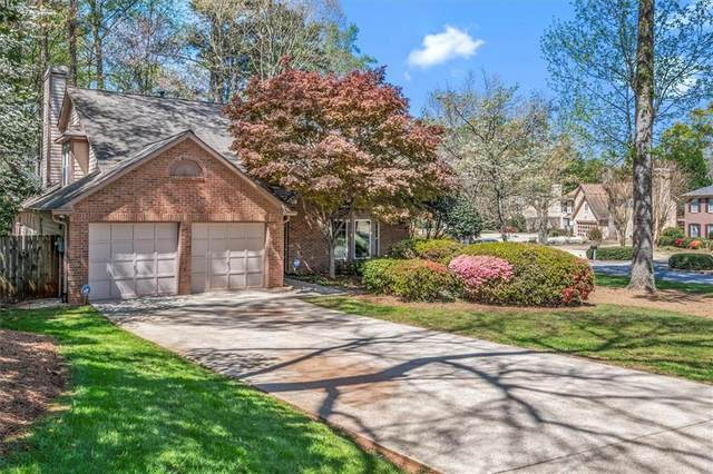 12150 Wallace Woods Lane, Alpharetta, GA 30004 (MLS #6869603) :: Path & Post Real Estate