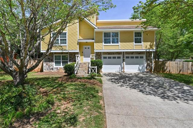 9990 Lake Forest Way, Roswell, GA 30076 (MLS #6869705) :: RE/MAX One Stop