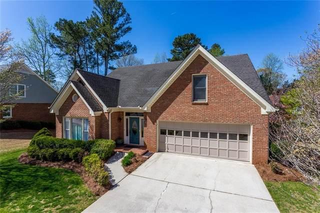 820 Doe Hill Lane, Roswell, GA 30075 (MLS #6869790) :: North Atlanta Home Team