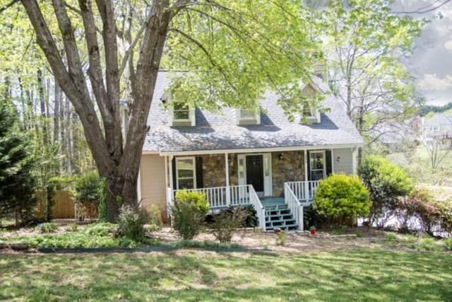 2090 Oak Village Lane, Lawrenceville, GA 30043 (MLS #6870318) :: North Atlanta Home Team