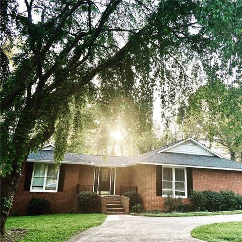 385 Maple Street, Cornelia, GA 30531 (MLS #6870832) :: North Atlanta Home Team