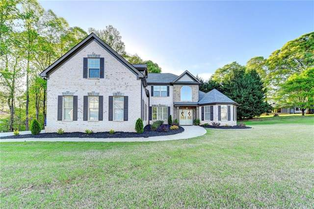 5922 Manor View Lane, Flowery Branch, GA 30542 (MLS #6870941) :: The Gurley Team