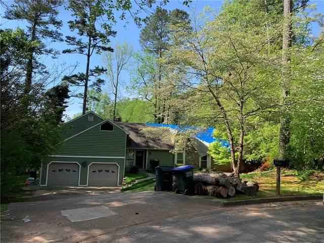 1080 Lake Drive, Roswell, GA 30075 (MLS #6871519) :: North Atlanta Home Team