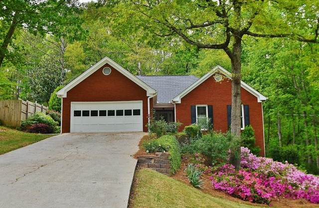 6229 Ivy Springs Drive, Flowery Branch, GA 30542 (MLS #6871766) :: The North Georgia Group
