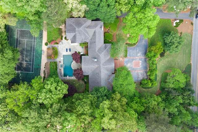 1035 W Wesley Road NW, Atlanta, GA 30327 (MLS #6871939) :: North Atlanta Home Team