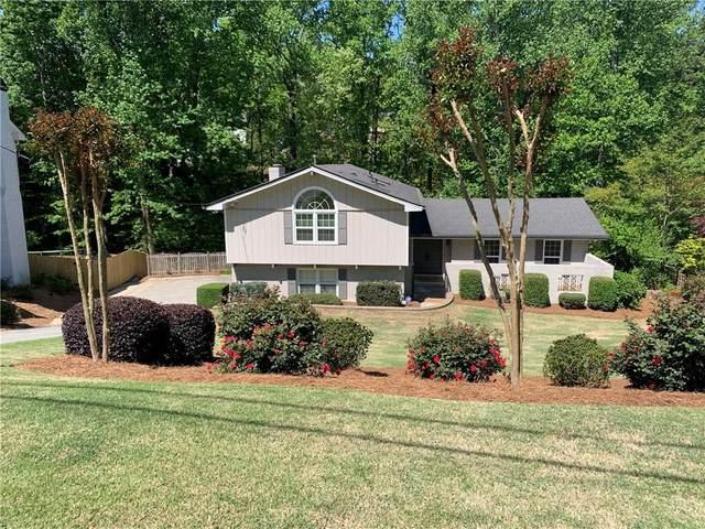 5084 Winding Branch Drive, Dunwoody, GA 30338 (MLS #6873183) :: North Atlanta Home Team