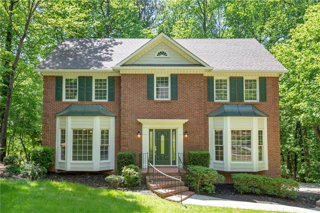4722 Riveredge Drive, Peachtree Corners, GA 30096 (MLS #6874567) :: North Atlanta Home Team