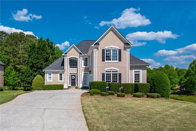6450 Sterling Drive, Suwanee, GA 30024 (MLS #6876749) :: North Atlanta Home Team