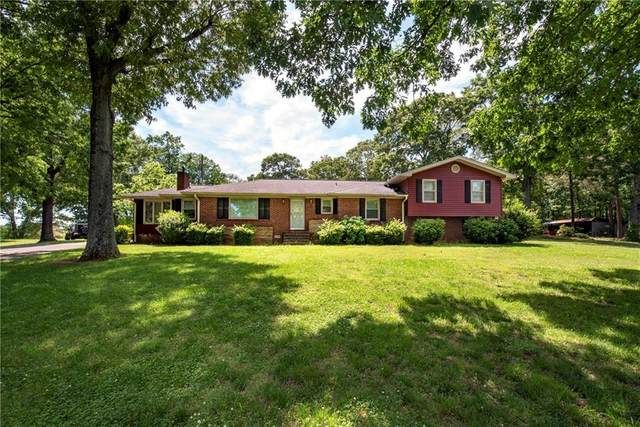 5234 Union Church Road, Flowery Branch, GA 30542 (MLS #6878435) :: The Gurley Team