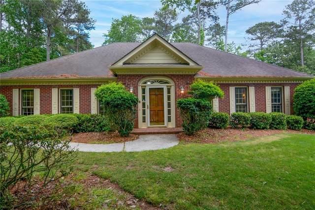 4615 Graywood Trace, Peachtree Corners, GA 30092 (MLS #6879352) :: Scott Fine Homes at Keller Williams First Atlanta